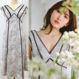 フレイアイディー(FRAY I.D)のHerlipto  Lace Trimmed Floral Dress (ロングワンピース/マキシワンピース)