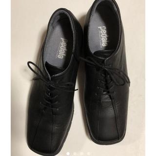 アシックス(asics)のpedala 黒レースアップシューズ(ローファー/革靴)