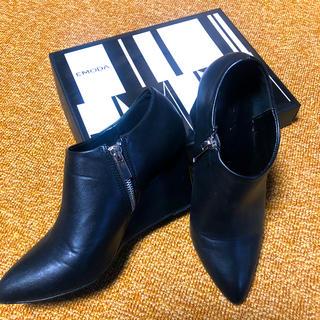 エモダ(EMODA)のEMODA ● エモダ ● ポインティッド 底上げ ブーツ(ブーツ)