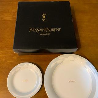 イヴサンローランボーテ(Yves Saint Laurent Beaute)のYves Saint Laurent イヴサンローラン サービスパーティーセット(食器)