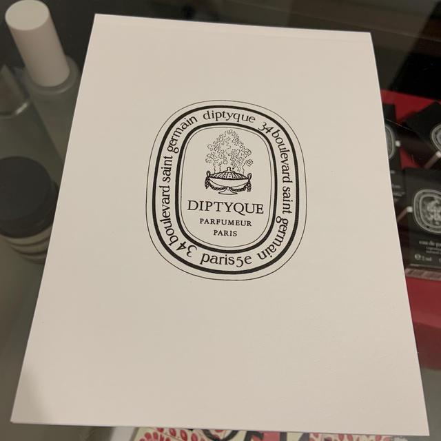diptyque(ディプティック)のディプティック diptyque カタログ 冊子 コスメ/美容のリラクゼーション(キャンドル)の商品写真