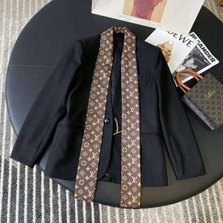 ルイヴィトン(LOUIS VUITTON)の『Louis Vuitton』シルクツイルスカーフ ブレザー☆(テーラードジャケット)