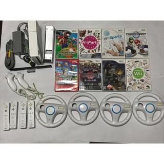 Wii - Wii本体 マリオカートすぐに4人で遊べるセット