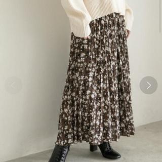 ローリーズファーム(LOWRYS FARM)の花柄プリーツスカート(ロングスカート)