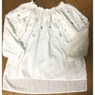 GALLARDA GALANTE - ギャラルダガランテcollage  刺繍入りトップス