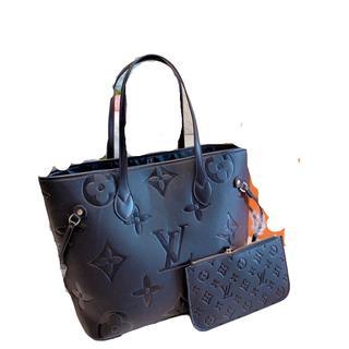 LOUIS VUITTON - レディースィース ☞☞綺麗 (◍•ᴗ•◍)買い物袋