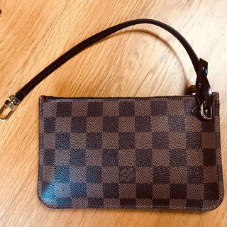 LOUIS VUITTON - 【美品】ルイヴィトン ポーチ