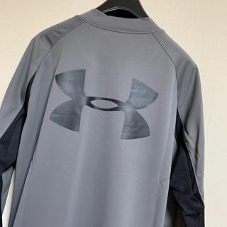 アンダーアーマー(UNDER ARMOUR)の新品 アンダーアーマー  ヒートギアカットソー「グレー×黒 LG」(Tシャツ/カットソー(七分/長袖))