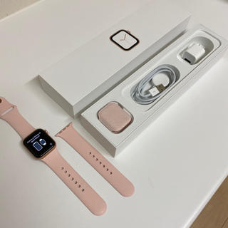 Apple Watch - Apple Watch Series 4 (GPS) 40mm MU682J/A