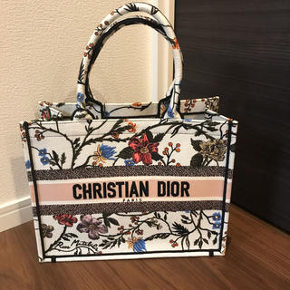Christian Dior - クリスチャンディオール ブックトート スモール ローザムタビリス