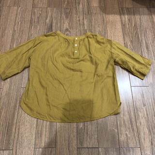 ムジルシリョウヒン(MUJI (無印良品))の無印良品  5分袖 ノーカラーシャツ サイズ xs〜s  マスタード (シャツ/ブラウス(半袖/袖なし))