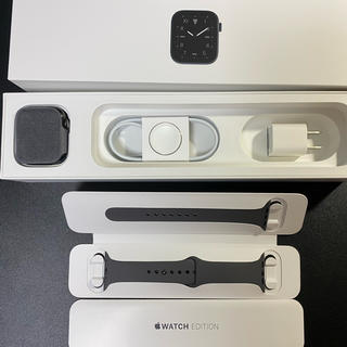 Apple Watch - Apple Watch series5 EDITION