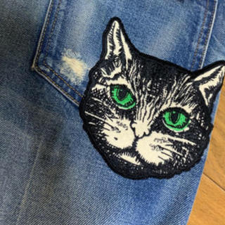 グッチ(Gucci)のGUCCI ジーパン美品  猫(デニム/ジーンズ)