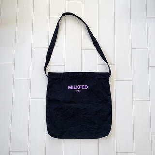 ミルクフェド(MILKFED.)の〈美品〉MILK FED トートバッグ ショルダーバッグ 黒(トートバッグ)