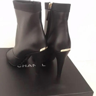 CHANEL - 新品未使用 CHANEL ショートブーツ 23cm