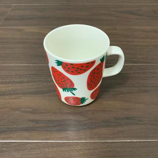 マリメッコ(marimekko)のmarimekko mansikka マグカップ(グラス/カップ)