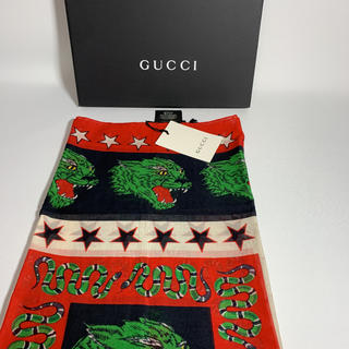 Gucci - GUCCI グッチ メンズ スカーフ  タイガー モチーフ タグ付き 未使用品
