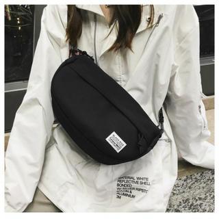 【ブラック】 メッセンジャーバッグ 斜め掛け キャンバス 帆布 軽い バック (ショルダーバッグ)