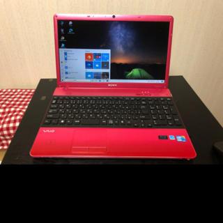 SONY - 鮮やかな赤色のソニーVAIOノートパソコンです!