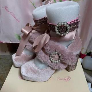 スワンキス(Swankiss)のEV velours fur shoes パンプス(ハイヒール/パンプス)