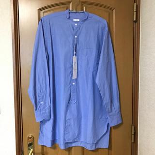 コモリ(COMOLI)のcomoli新品バンドカラーシャツコモリ(シャツ)
