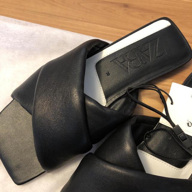 ZARA(ザラ)のZARA キルティング スクエアトゥ レザー  サンダル レディースの靴/シューズ(サンダル)の商品写真