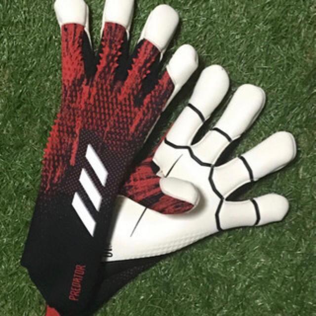 adidas(アディダス)の日本未発売 アディダス プレデター ハイブリッド プロモ キーパーグローブ スポーツ/アウトドアのサッカー/フットサル(その他)の商品写真