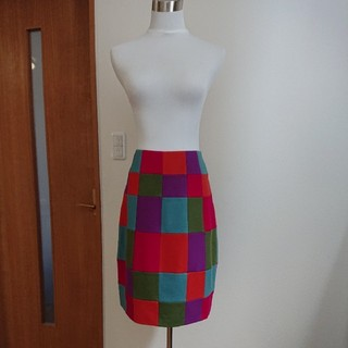 シビラ(Sybilla)のシビラ(未使用品)M 圧縮ウール配色スカート(ひざ丈スカート)