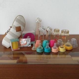 ベッタ(VETTA)の哺乳瓶セット ポーチ、ロート、替えキャップ付き (哺乳ビン)