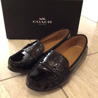 コーチ(COACH)のCOACH コーチ エナメル ローファー ブラック(ローファー/革靴)