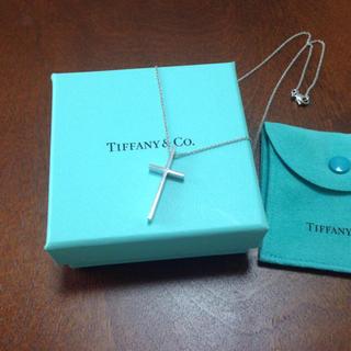Tiffany & Co. - ティファニー TIFFANY&Co.  クロス ネックレス 18金 K18WG