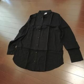 エイチアンドエム(H&M)のH&M シャツ 黒 サイズ40(シャツ/ブラウス(長袖/七分))
