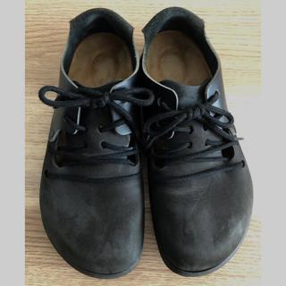 ビルケンシュトック(BIRKENSTOCK)のビルケンシュトック モンタナ39 ブラックヌバック×レザー(ローファー/革靴)