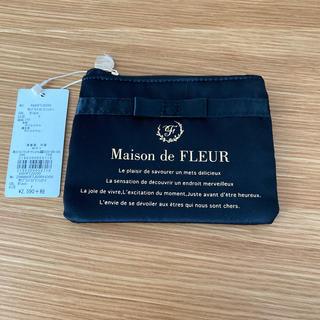 Maison de FLEUR - メゾンドフルール サテンティッシュケース