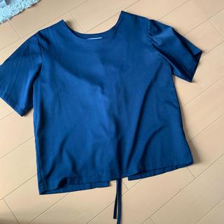 ローズバッド(ROSE BUD)のネイビーリボンTシャツ(Tシャツ(半袖/袖なし))