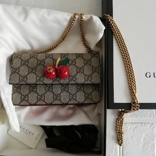 Gucci - GUCCI さくらんぼ チェーンショルダー