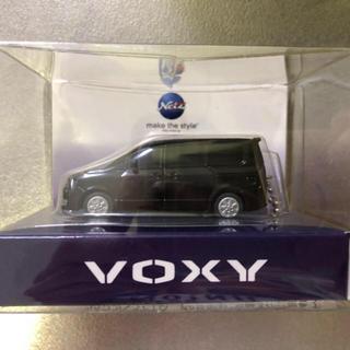 トヨタ - VOXY  ミニカー