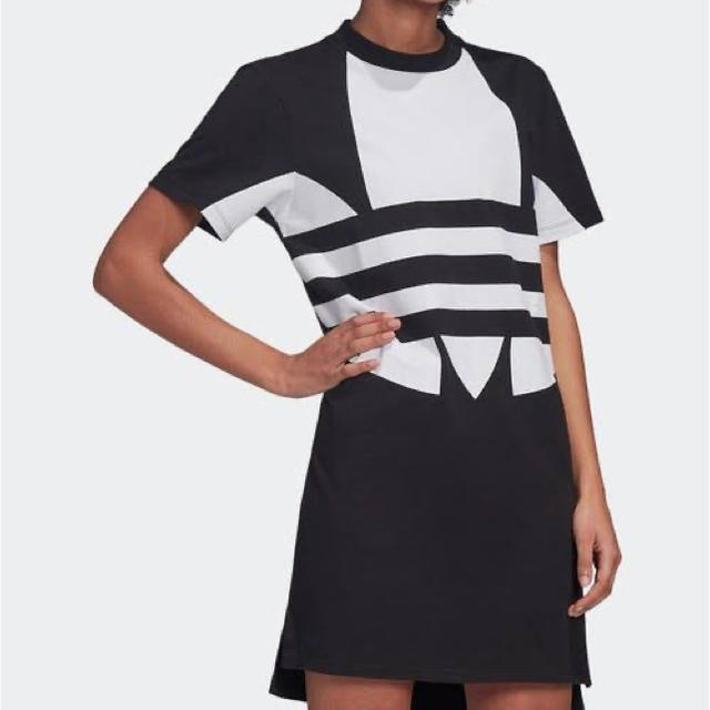 adidas(アディダス)のアディダス シャツワンピ レディースのトップス(Tシャツ(半袖/袖なし))の商品写真