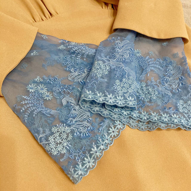 mame(マメ)のmame 2017ss silk I line dress beige レディースのワンピース(ロングワンピース/マキシワンピース)の商品写真
