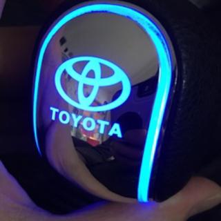 トヨタ - ★レア! ★ TOYOTAロゴが光る★LEDシフトノブ★TRDトヨタtoyota