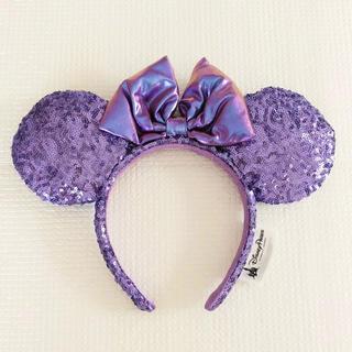 Disney - 《再入荷致しました!》海外ディズニー カチューシャ 紫 スパンコール 香港 上海