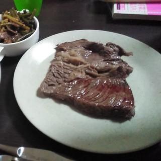 高級ステーキディナー(肉)