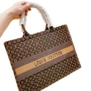 LOUIS VUITTON - 【早い者勝ち】極美品ハンドバッグ🥳