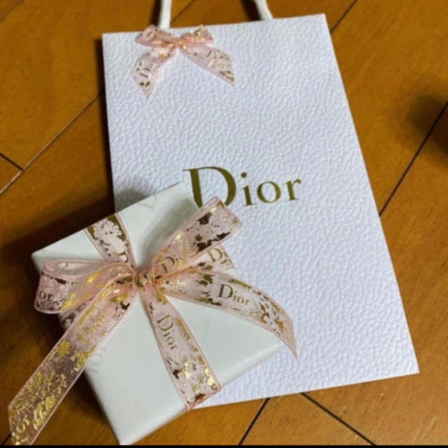 Christian Dior(クリスチャンディオール)の❤️ミスディオール ブルーミング ブーケ オードゥ トワレ 30ml コスメ/美容の香水(香水(女性用))の商品写真