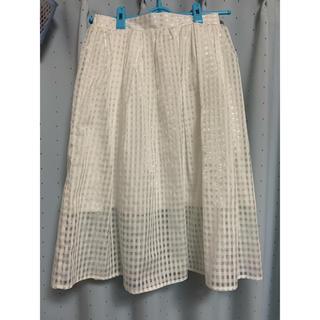 ウィゴー(WEGO)のホワイトシアーチェック柄スカート(ひざ丈スカート)