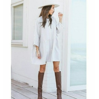 ALEXIA STAM - 【新品タグ付】ALEXIASTAM スタンドカラーシャツドレス ベージュ ワンピ