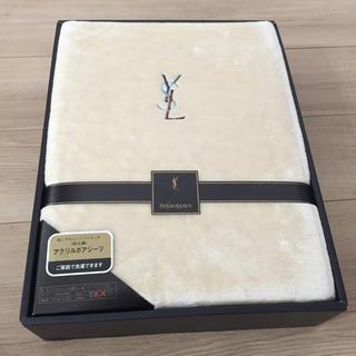 イヴサンローランボーテ(Yves Saint Laurent Beaute)のイヴ・サンローランボアシーツ(シーツ/カバー)