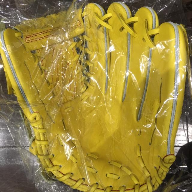 RYU 硬式グローブ スポーツ/アウトドアの野球(グローブ)の商品写真