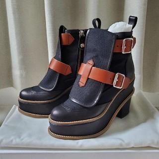 ヴィヴィアンウエストウッド(Vivienne Westwood)のVivienneWestwoodショートブーツ(ブーツ)
