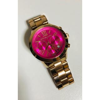 Michael Kors - 【電池新品の美品】マイケルコースのクロノグラフ腕時計☆ゴールド×ピンク☆